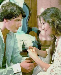 Somewhere in Time, 1980 Best Love Stories, Beautiful Love Stories, Love Story, Christopher Reeve Movies, Christopher Reeve Superman, Carpe Diem, Lady Jane Seymour, Travel Movies, Time Travel
