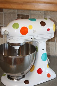 DIY design for my Kitchenaid Mixer!  I painted it!