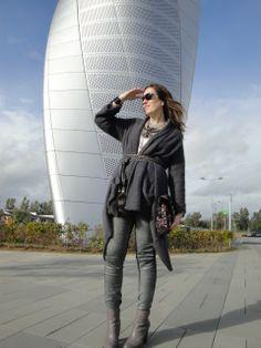 Hoy en el blog no te pierdas mi outfit en gris!! www.modaenprovincias.blogspot.com