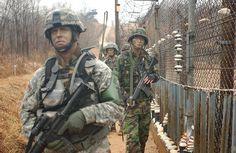 1-south-korean-and-us-soldiers-patrol-everett.jpg (900×586)