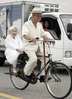 행복한 노년의 삶에 대한 이미지 검색결과