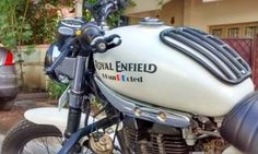 Motorcycle for men motorbikes cars 64 best ideas Motorcycle Riding Gear, Motorcycle Party, Pink Motorcycle, Enfield Motorcycle, Motorcycle Types, Cafe Racer Motorcycle, Motorcycle Garage, Royal Enfield Classic 350cc, Garage Logo