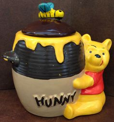 Vintage Old Disney Winnie The Pooh POO Hunny Pot 907 USA Cookie Jar