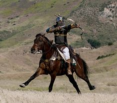 Sassanid Persian Cavalry - Sassanian Savaran Archer in Four Horn Saddle