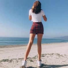 Stunning Summer Outfits To Buy Now - Knitters Style Grunge, Grunge Look, 90s Grunge, Grunge Outfits, Trendy Outfits, Summer Outfits, Cute Outfits, Hipster School Outfits, Red Skirt Outfits