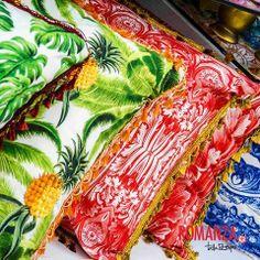 ¡#Color, mucho color! Así son los objetos que encontrarás en #Romanza, con colores y #Formas divertidas, con detalles de #Diseño encantadores y toda la funcionalidad para tu #Hogar como los #Cojines diseñados por #TalaRestrepo