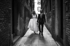 It was my honour to travel to Italy to take wedding photos in Verena & Mark's dream destination - Venice. Italy Travel, Wedding Photos, Wedding Photography, Marriage Pictures, Wedding Shot, Wedding Pictures, Bridal Photography, Bridal Photography, Wedding Poses