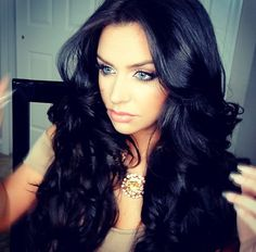 Carlibel. Im obsessed with her hair<3