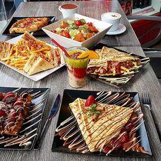 Untitled Waffles, Bread, Cheese, Breakfast, Instagram Posts, Food, Morning Coffee, Brot, Essen