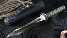 Jagkommando Tri-Dagger Knife