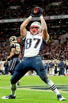 GRONKetry In Motion: The BIRTH Of The NUTCRACKER & DIRK DIGGLER Dances (VIDEOS) #patriots #boston #nfl