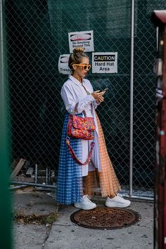 Idea and inspiration street style trend 2017 Image Description New York Fashion Week Street Style Source New York Street Style, Street Style Vintage, Look Street Style, Look Vintage, Street Style Trends, Chic Street Styles, New York Style, Look Fashion, Trendy Fashion