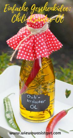 If you are still looking for great gift ideas for Christmas, Easter or just a nice souvenir, then ma Best Christmas Gifts, Christmas Fun, Best Gifts, Raffle Gift Basket Ideas, Gift Ideas, Soup In A Jar, Burger Co, Baby Shower Gift Basket, Infused Oils