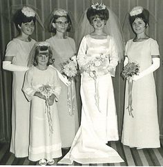 Fabulous portrait from 1967. They look like vintage Barbie dolls!