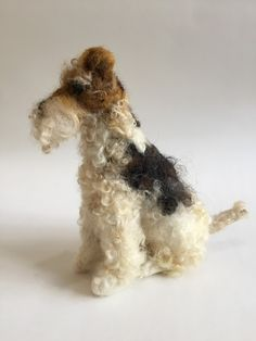 Needle Felted Wirehaired Fox Terrier by Emma Herian // Sew Recycled Needle Felted Animals, Felt Animals, Needle Felting, Wire Fox Terrier, Terrier Dogs, Wirehaired Fox Terrier, Felt Fox, Irish Terrier, Dog Sculpture