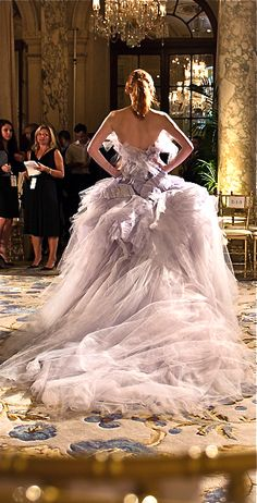 Marchesa~~Yes, please!  I just need to be 20 years younger, & of royal lineage...not too too much to ask for, no?