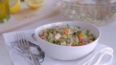 Taboulé de quinoa | Cuisine futée, parents pressés Quebec, Black Bean Burgers, Cooking Recipes, Healthy Recipes, Halloumi, Cold Meals, Fried Rice, Summer Recipes, Salad Recipes