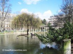 Parc Monceau #Paris on www.travelfranceonline.com