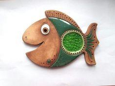 Ceramic Wall Art, Ceramic Clay, Ceramic Painting, Fish Wall Art, Fish Art, Pottery Mugs, Ceramic Pottery, Clay Fish, Biscuit