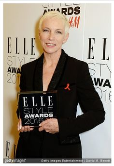 Annie Lennox receives an Outstanding Achievement Award at the Elle Style Awards in London - http://www.eurythmics-ultimate.com/blog/2016/02/24/annie-lennox-receives-an-outstanding-achievement-award-at-the-elle-style-awards-in-london/