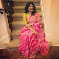 Choli Blouse Design, Sari Blouse Designs, Blouse Patterns, Ethnic Outfits, Indian Outfits, Beautiful Saree, Beautiful Outfits, Pink Saree Blouse, Drape Sarees
