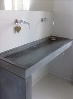 Beton cir on pinterest concrete bathroom met and vans - Plan de travail effet beton ...