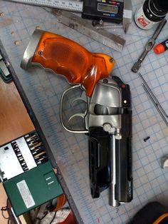 Adam Savage's Bladerunner pistol - Dieselpunks