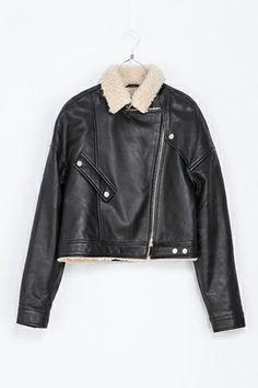 Pretty and super stylish. 20 leather jackets: leather sheepskin jacket by zara.