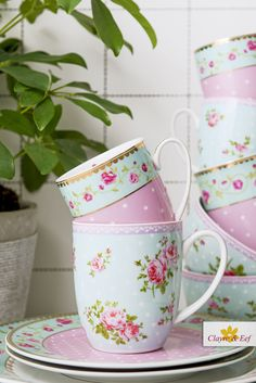 TABLEWARE by Clayre & Eef • Romantic, floral, roses, dotted, shabby chique, pastel pink, tableware, wholesale, cottage. Pastel Pink, Home Accessories, Shabby, Roses, Cottage, Romantic, Mugs, Tableware, Floral