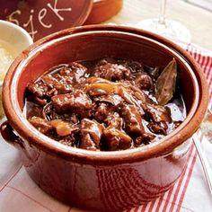 Recept - Stap-voor-stap zoervleis volgens Robin Berben - Allerhande