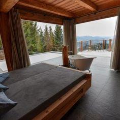 Infinity Pool, Bathtub, Bathroom, Open Fireplace, Forest House, Freestanding Tub, Luxury, Tips, Standing Bath