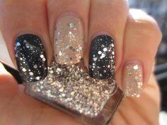 FabFashionFix - Fabulous Fashion Fix | Beauty: Glittery Nails Trend