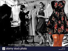 Mary Quant boutique BAZAAR en 1964 habillé en robe longue dans sa vitrine mode classique d'hier. À droite mode française avec une mini robe de 1962 découvrant jambes et genoux création nouvelle Lucien David Langman pour Jean Raymond Grand Tailleur Paris. La France révolutionne la mode de la seconde moitié du 20e siècle, l'Angleterre suit quelques années après #mode #jeanraymond #maitretailleur #LucienLangman #Annees60 #artistedemode #minijupe #miniskirt #minirobe #minidress #maryquant…