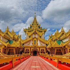 Karaweik palace barge on Kandawgyi Lake Rangoon Burma #KaraweikPalaceBarge #KandawgyiLake #Rangoon #RangoonBurma #Burma #HeathrowGatwickCars.com   heathrowgatwickcars.com via Instagram http://ift.tt/2hYOdil