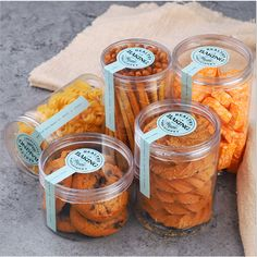 Source food storage round pet plastic jar container for cookies candy packaging on m. Plastic Food Packaging, Food Box Packaging, Biscuits Packaging, Baking Packaging, Bread Packaging, Dessert Packaging, Cookie Packaging, Food Packaging Design, Food Storage