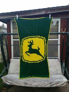 John deere c2c graphghan baby blanket Knitting Patterns, Crochet Patterns, Crochet Afghans, Crochet Ideas, Pixel Crochet, Baby Deer, C2c, Yarn Crafts, Plastic Canvas