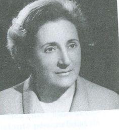 ALFONSA DE LA TORRE (Cuéllar 1915 - Cuéllar 1993). Poeta, ensayista y dramaturga española perteneciente a la denominada Generación del 36. Obtuvo el Premio Nacional de Poesía en 1951 por su obra Oratorio de San Bernardino, uno de sus trabajos más reconocidos...