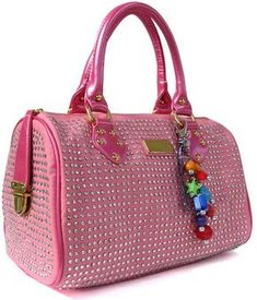 b5f4e4bb377 LuxTime DFO Handbags is the world s number-one source of high-end