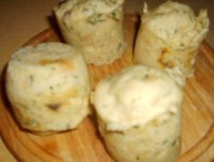 Mashed Potatoes, Muffin, Dairy, Cheese, Breakfast, Ethnic Recipes, Food, Whipped Potatoes, Morning Coffee