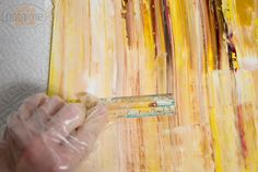 DIY Abstract oil painting... Cute and looks easy. Going to try this on a 46x46 canvas