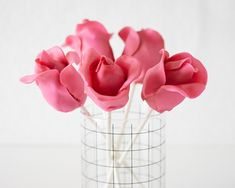 How to Make a Rose Cake Pops • CakeJournal.com