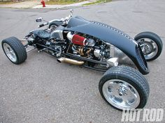 In this feature article HOT ROD takes a look at the Brimstone Quadracycle, an outlandish hot rod quad that is powered by a small-block Chevy engine - Hot Rod Magazine Custom Motorcycles, Custom Bikes, Custom Cars, Cars And Motorcycles, Buell Motorcycles, Custom Cycles, Kitt Car, Hot Rods, Auto Volkswagen
