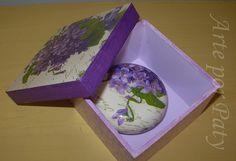 caixa com sabonete..... by Arte por Paty, via Flickr