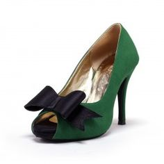 These green suede wedding heels you see are handcrafted from high quality satin fabric, genuine cow leather and other man made materials. This gorgeous handcrafted wedding shoes is made with emerald g...