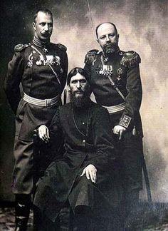 Grigori Yefimovich Rasputin, center. #antique #photography