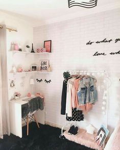 New room decor ideas bedroom decoration home 62 Ideas Cute Room Ideas, Cute Room Decor, Teen Room Decor, Diy Room Decor Tumblr, Tumblr Rooms, Bedroom Wall Decorations, Beauty Room Decor, Gold Room Decor, Diy Decoration