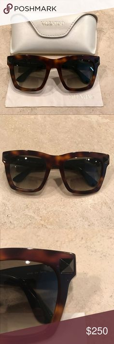 94f7f6459fbb Valentino Glasses Photo credit  In brand new condition. I just never got  around to wearing them. Comes with a case and cleaning cloth.