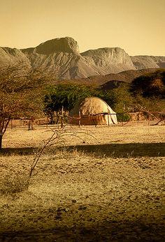 Tienda de pastores tuareg, Timia -   Tent of Tuareg herders, Timia (December 2006)    www.vicentemendez.com