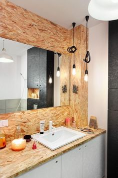 OSB: Deco ideas with wood panels- The OSB mingles with the white in the bathroom Source by cotemaison - Plywood Interior, Interior Walls, Bathroom Interior Design, Kitchen Design Gallery, Simple Kitchen Design, Osb Wood, Diy Furniture Hacks, Diy Bathroom Decor, Apartment Furniture