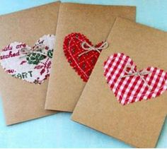 If you love the rustic, natural look of kraft paper, you'll enjoy these Charming Kraft Paper Holiday Cards. These simple, pretty handmade holiday cards are perfect for any occasion but we especially love them for Christmas. Diy Holiday Cards, Christmas Greeting Cards, Diy Cards, Homemade Envelopes, Homemade Cards, Making Envelopes, 242, Heart Crafts, Diy Weihnachten